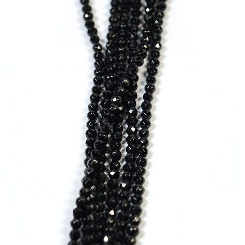 Onyx, ball strand 3 mm faceted  - 1